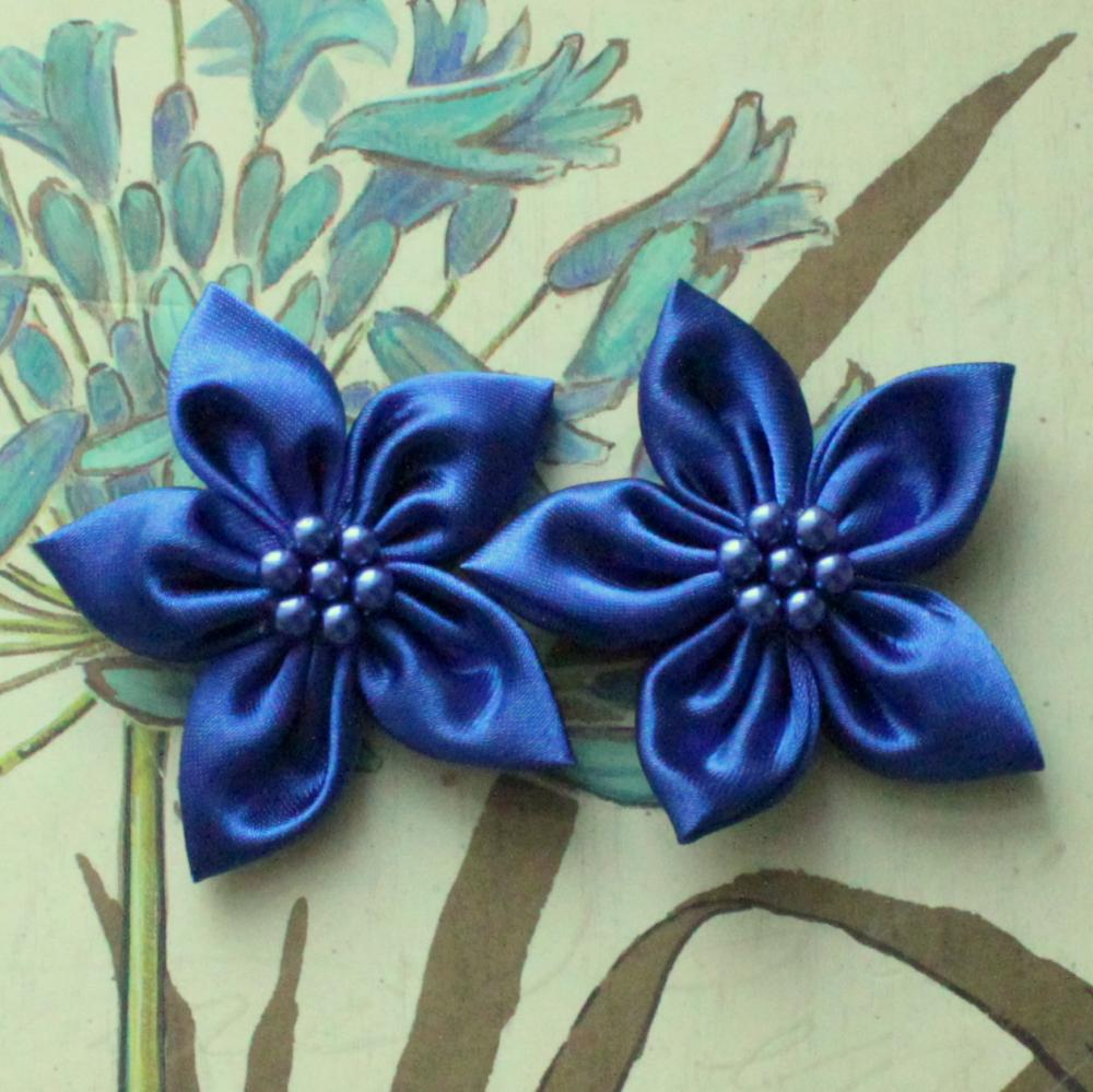 how to make vintage fabric flowers